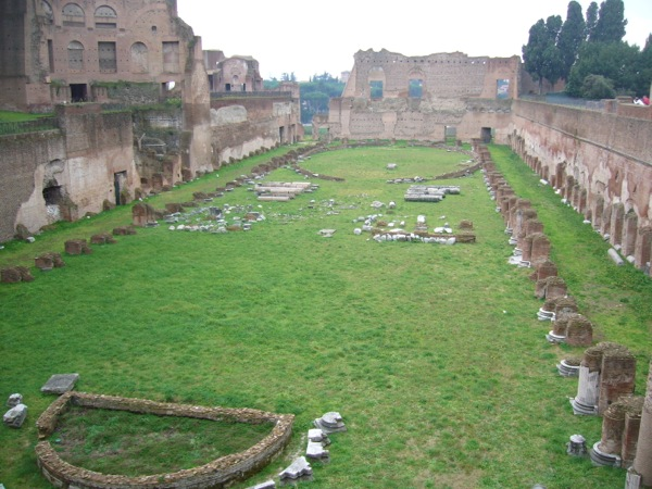 Forum romain ancien stade Rome
