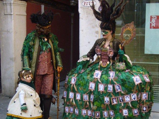 Costumes arbre généalogique et masque à 3 visages Carnaval de Venise