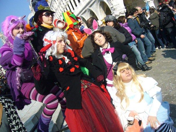 Costumes pays des merveilles Carnaval de Venise