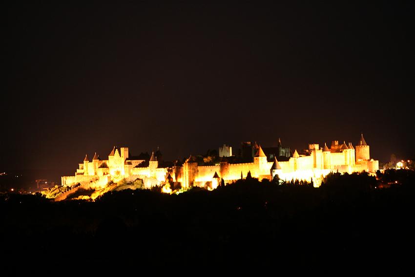 Cité de Carcassonne de nuit
