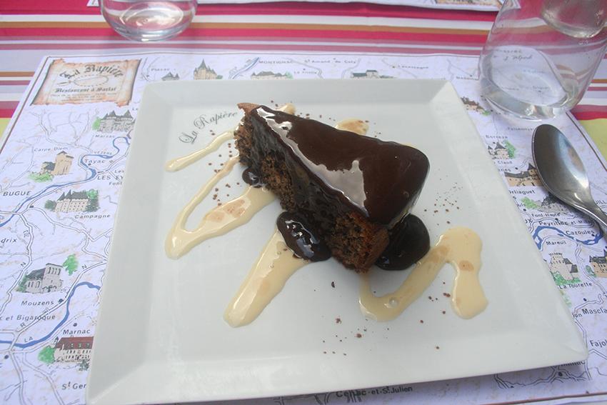 Gâteau aux noix du restaurant la rapière à Sarlat-la-Canéda