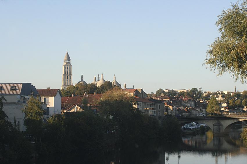 L'isle et la cathédrale Saint-Front à Périgueux
