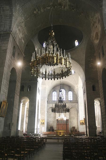 Intérieur de la Cathédrale Saint-Front à Périgueux