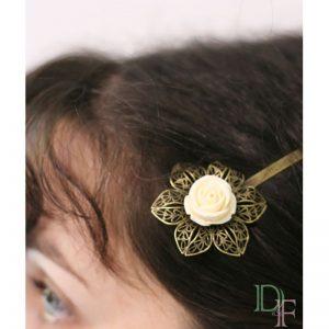 Barrette épingle rose fleur mariage accessoire cheveu coiffure vintage par Divine et Féminine.
