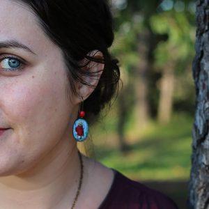 Boucles d'oreilles peit chaperon rouge ovale par Divine et Féminine.