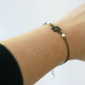 Bracelet flocon de neige bronze Noël Hiver par Divine et Féminine.