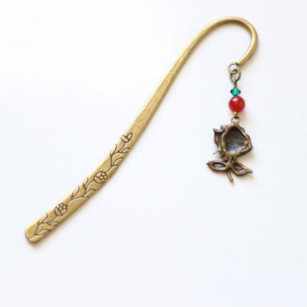 Marque page rose fleur en métal par Divine et Féminine.