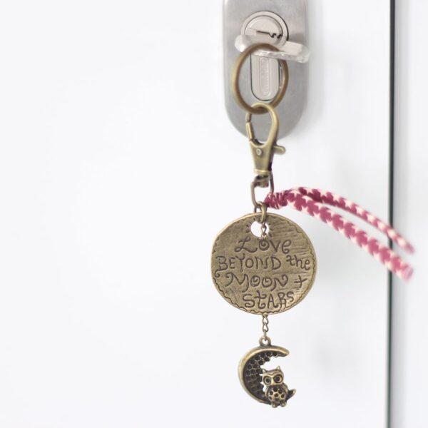 Porte clefs lune étoile par Divine et Féminine.