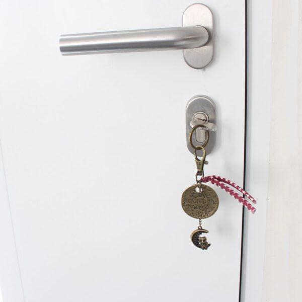 Porte clefs lune love par Divine et Féminine.