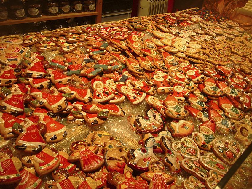 Stand de pain d'épices sur le marché de Noël de Strasbourg