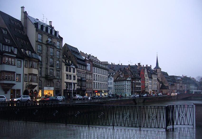 Sur les bord de l'Ill, pour le marché de Noël de Strasbourg