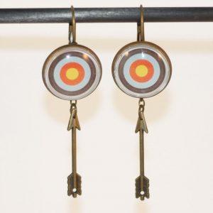 Boucles d'oreilles tir à l'arc, cible et flèche bronze par Divine et Féminine.