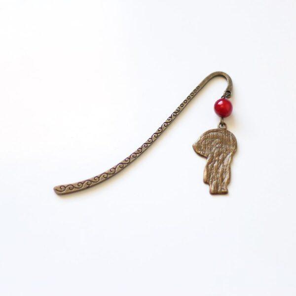 Marque page chaperon rouge en métal par Divine et Féminine.