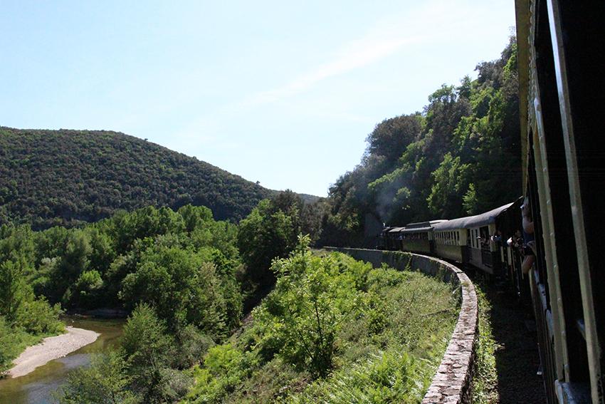 Paysage vu depuis le train à vapeur des Cévennes.