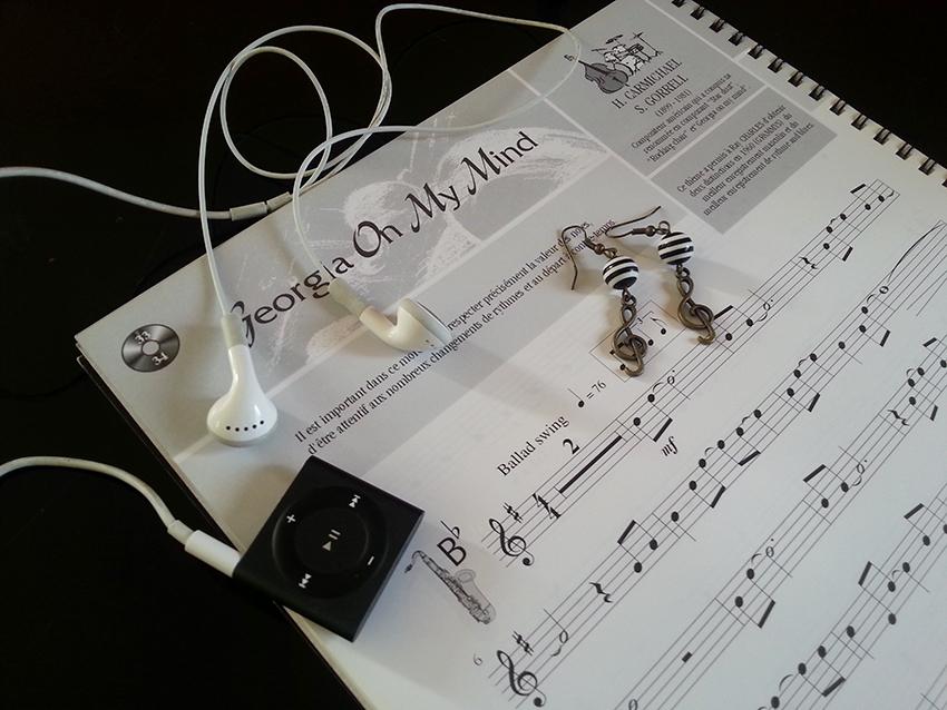 boucles d'oreilles musique et clé de Sol bronze.