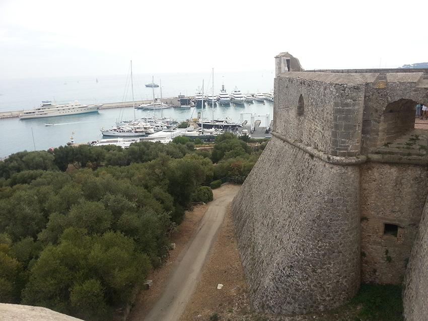 Visite intérieur du fort carré d'Antibes, bastion corse.
