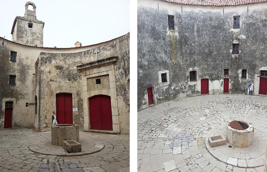 Visite intérieur du fort carré d'Antibes, cour circulaire et citerne centrale.
