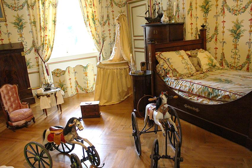 Chambre d'enfant du château de Cheverny.