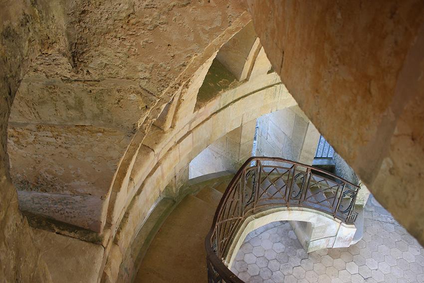 Escalier intérieur de la pagode de Chanteloup.