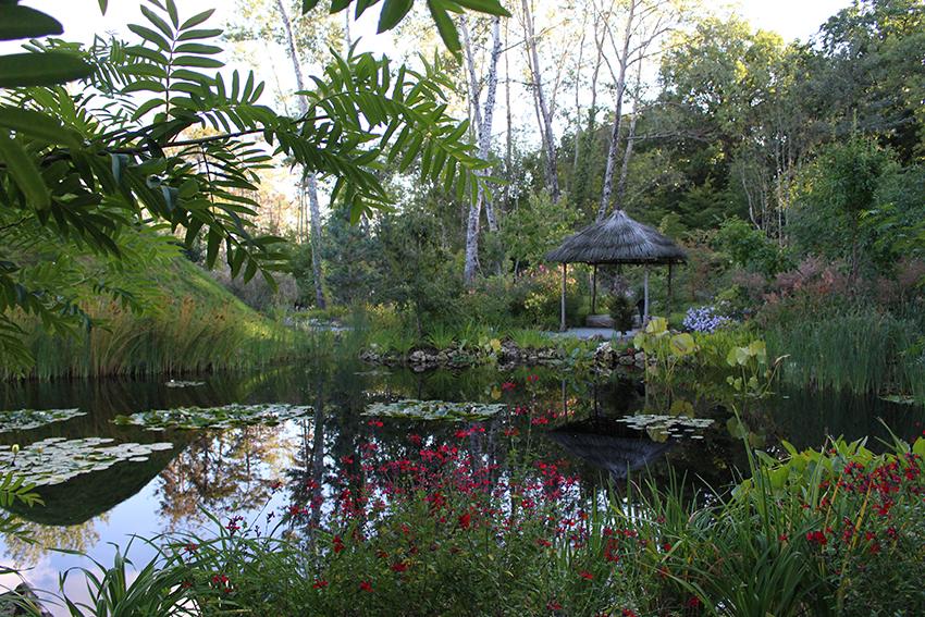Jardin des nuées qui s'attardent dans le près du Goualoup, au festival international des jardins à Chaumont sur Loire.