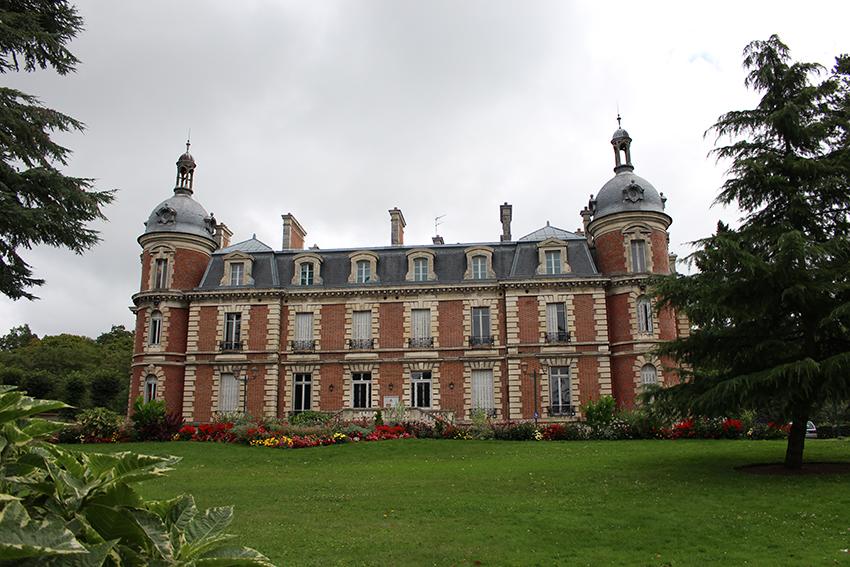 Château de trousse barrière, à Briare.