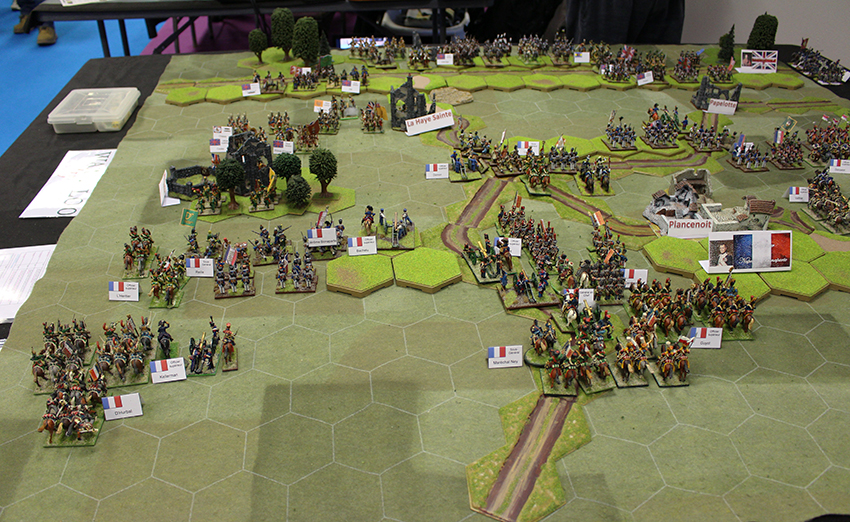 Reconstitution de la bataille de Waterloo au Festival International des Jeux, à Cannes.