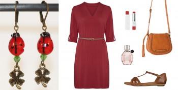 Idée de tenue féminine pour le Printemps à associer aux boucles d'oreilles coccinelles et trèfles porte-bonheur, Divine et Féminine.