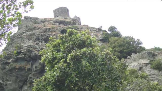 Randonnée pour la Tour de Sénèque, sur le cap corse.