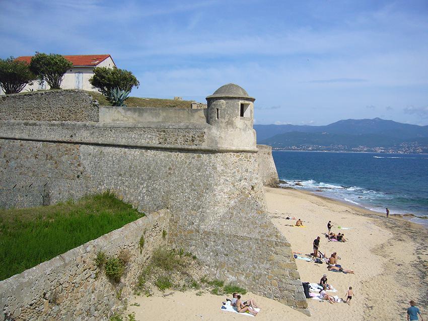 Citadelle d'Ajaccio, en Corse.