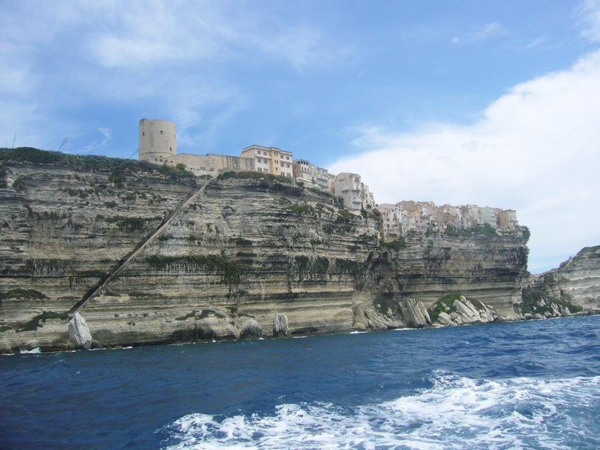 Escaliers du roi d'Aragon et falaises de Bonifacio.
