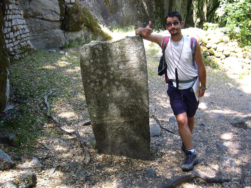 Statue menhir de Capula, en Corse.