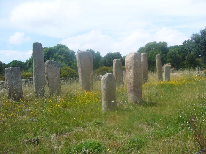 Menhirs de Stantari, sur le plateau de Cauria, en Corse.