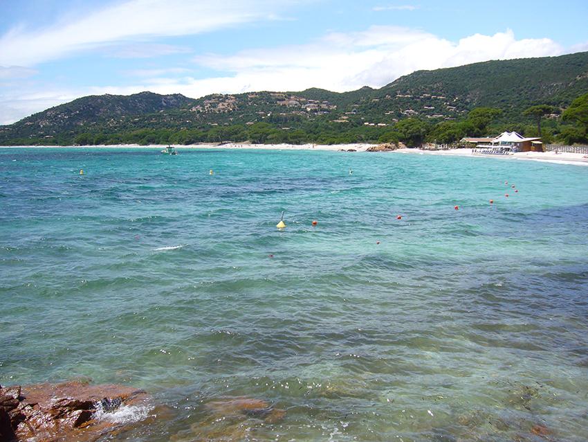 Plage de Palombaggia, en Corse.