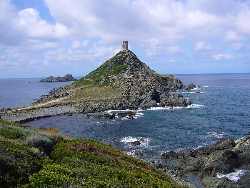 Pointe de la Parata, en Corse.
