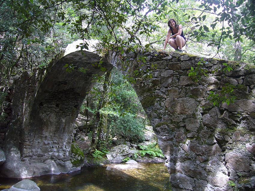 Pont de Zaglia dans les gorges de Spelunca, en Corse.