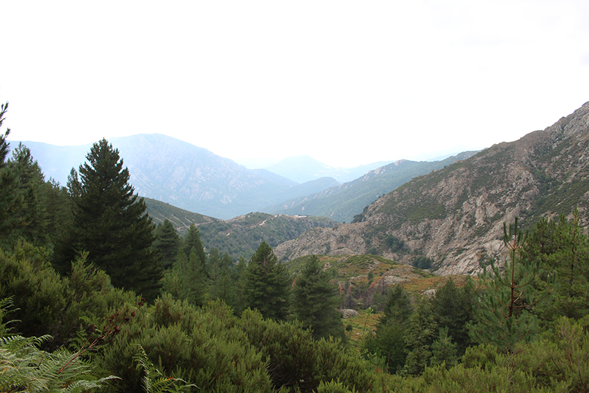 Randonnée vers le lac de Creno, en Corse.
