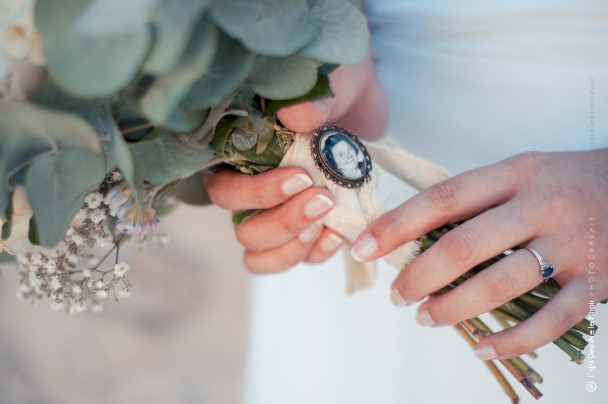 Mariage, clin d'oeil à ma grand-mère sur mon bouquet de mariée.