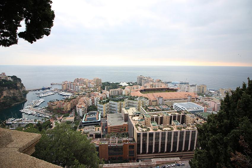Panorama sur le quartier Fontvieille de Monaco.