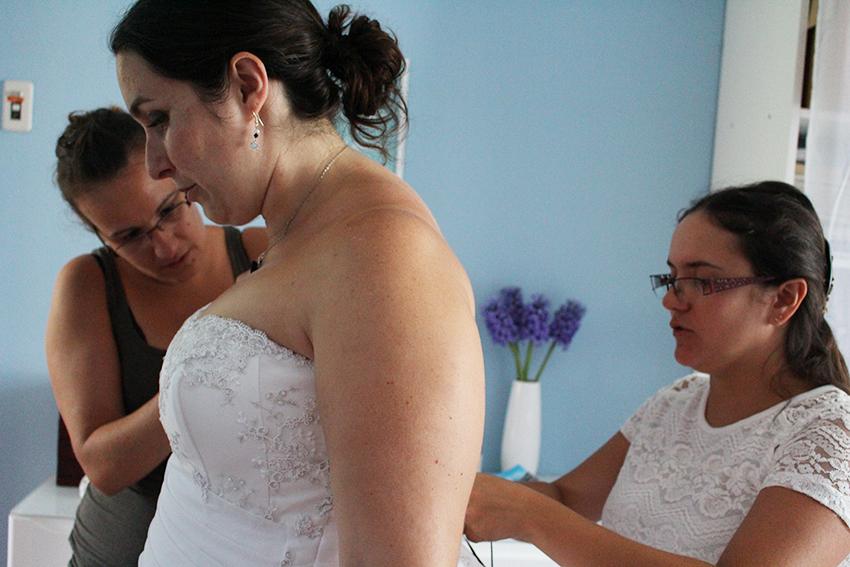 Trait d'union création, robe de mariée sur mesure : dernier essayage, robe terminée.