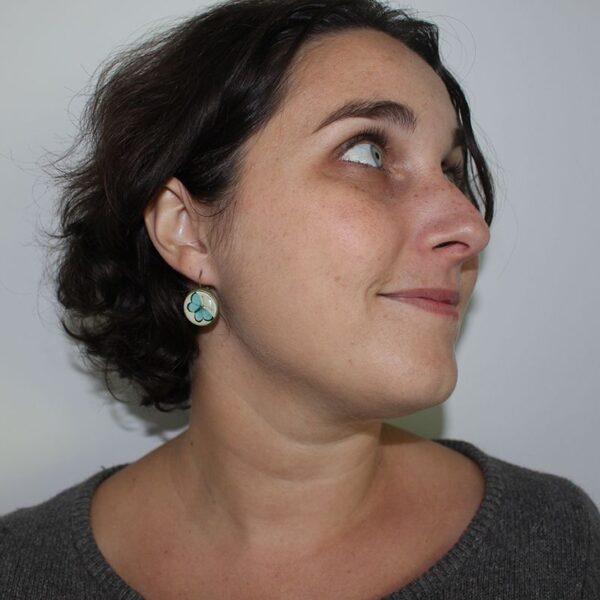 Boucles d'oreilles papillon bleu Divine et Féminine.