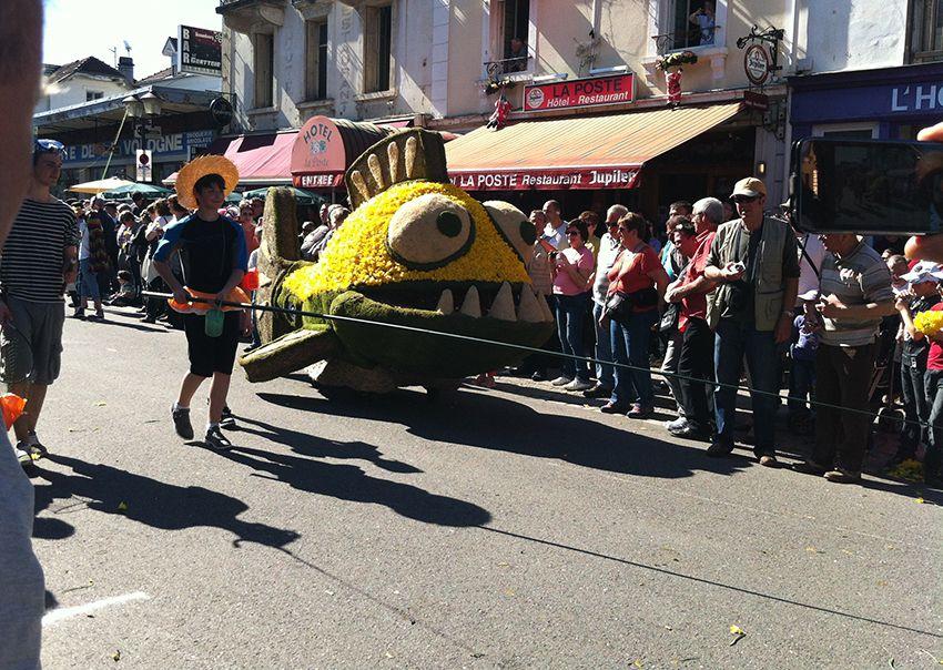Char pêcheur et poisson de la fête de la Jonquille à Gérardmer en 2013.
