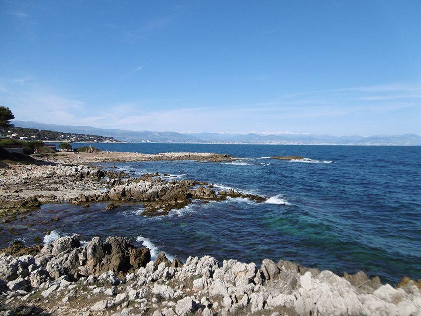 Sentier de tire poil, tour du cap d'Antibes.