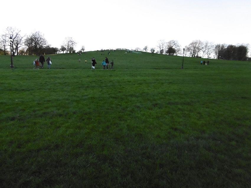 Colline du park de Primrose Hill à Londres.