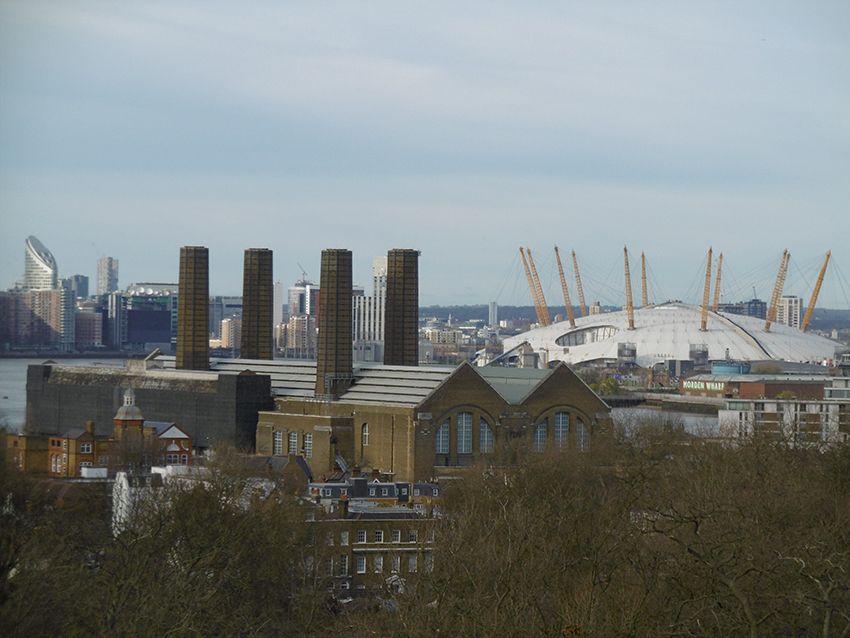 Vue sur le stade O2 depuis Greenwich.