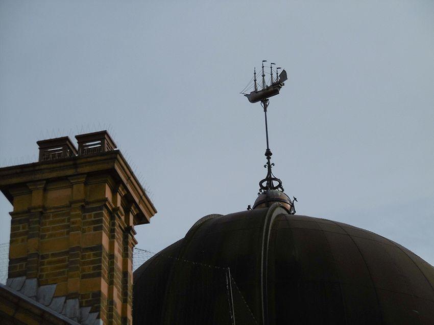 Détail sur l'observatoire de Greenwich, à Londres.