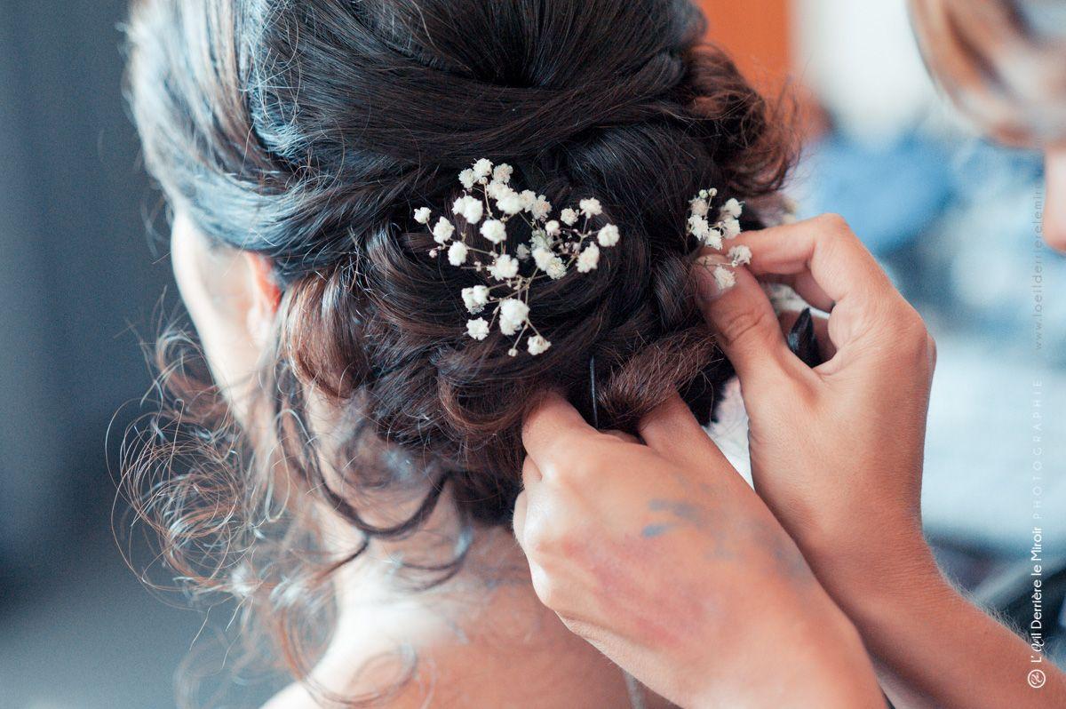 Gypsophile dans chignon mariée par Sabine beauté coiffure à domicile sur Antibes.