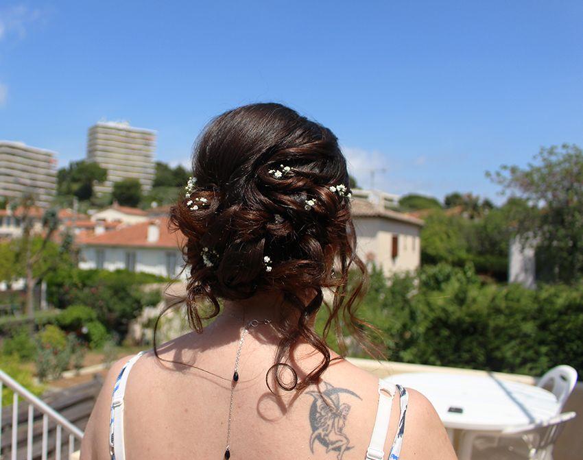 Mon essai coiffure de mariage, chignon avec gypsophile, par Sabine beauté à Antibes.