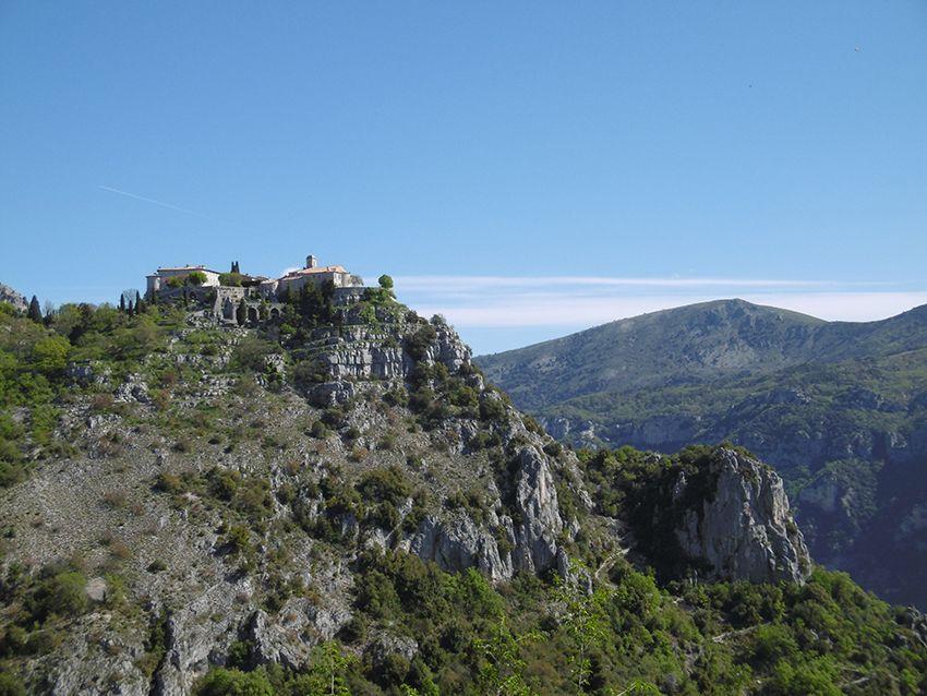 Village perché de Gourdon, dans les Alpes-Maritimes.