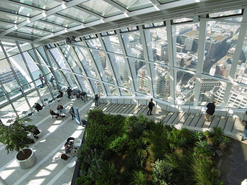Intérieur du Sky Garden à Londres.