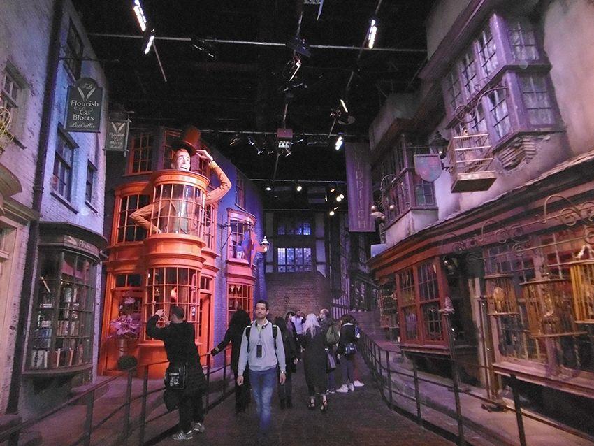Chemin de traverse au Studio Harry Potter de Londres.